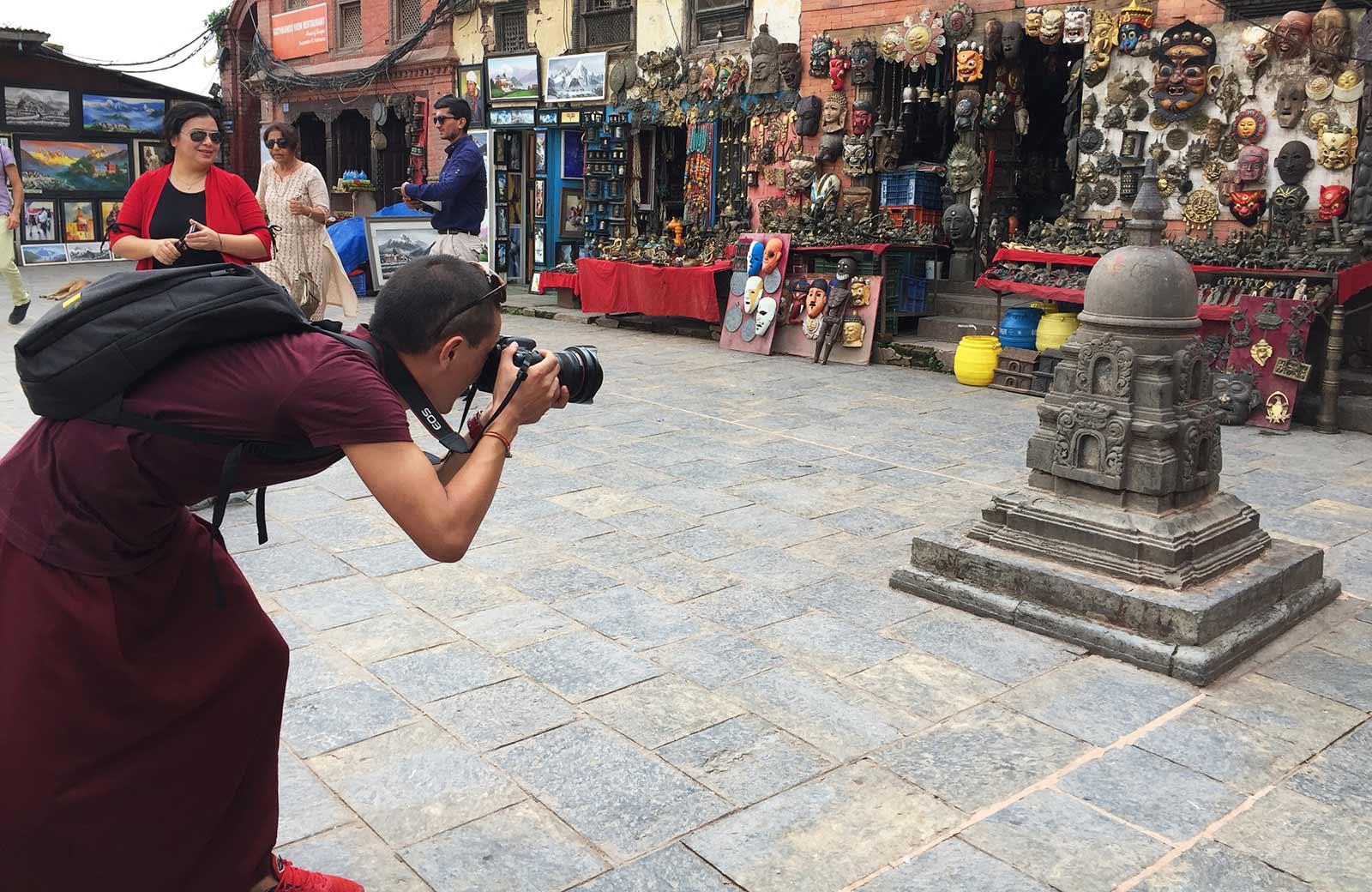 Swayambhu_monk_1
