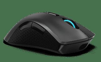 Con puerto USB-C Rapid Charge en el mouse inalámbrico Lenovo Legion M600, puedes concentrarte en el juego sin tener que preocuparte por la batería.