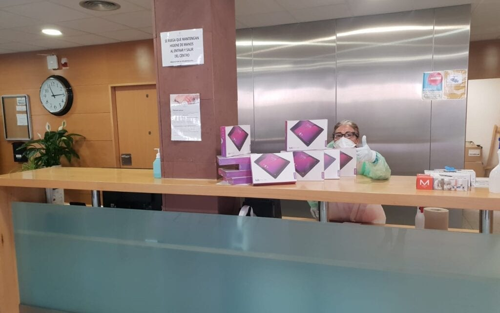 Among other donations across the country, masks have been provided to the Hospital Universitario Infanta Sofia and funds to support the Hospital La Paz Madrid and Insitut Català de la Salut in Spain
